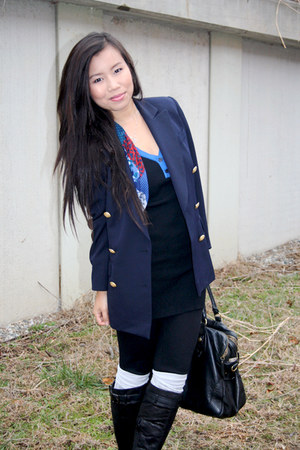 navy vintage blazer - blue unknown scarf