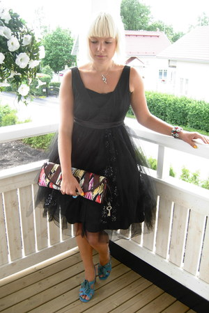 GINA TRICOT dress - Fossil purse - Marc by Marc Jacobs heels