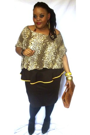 skirt - brown clutch bag - leopard print top