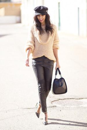 nude Sheinside jumper - black Zara pants