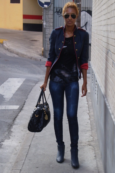 Zara blazer - BLANCO leggings - Topshop purse - Bershka t-shirt - Stradivarius s