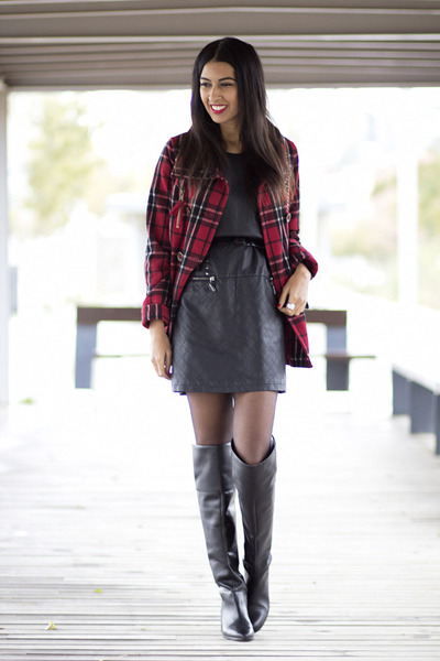 ruby red Bershka coat - black Missing Johnny dress