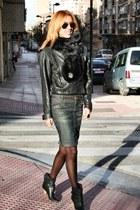 black Zara boots - black mums vintage coat - blue Bershka skirt