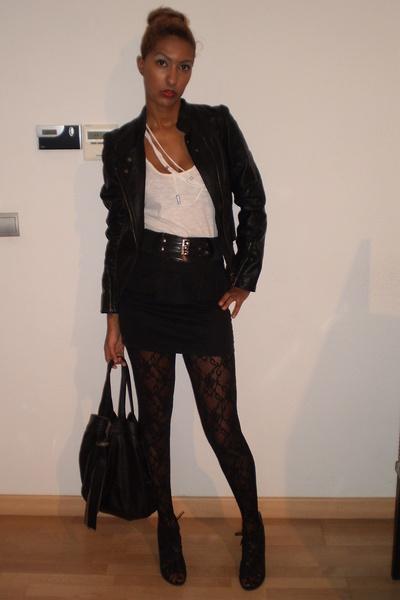 black Calzedonia tights - black BLANCO shoes - black Bershka skirt - white Strad
