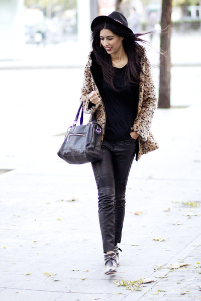black PERSUNMALL bag - brown Sheinside coat - black Zara blouse