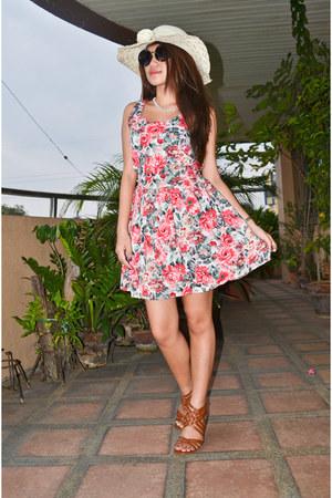 pink muse dress