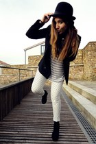 BLANCO hat - Zara pants - Zara top