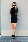 Black-turtleneck-gap-sweater-navy-structured-savile-row-co-blazer