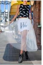 white Slimskii skirt