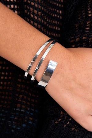 Slimskii bracelet