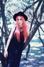 Black-maxi-second-hand-dress