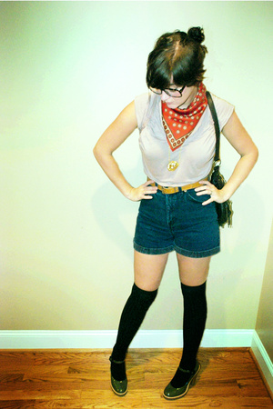 scarf - Lux t-shirt - shorts - tights