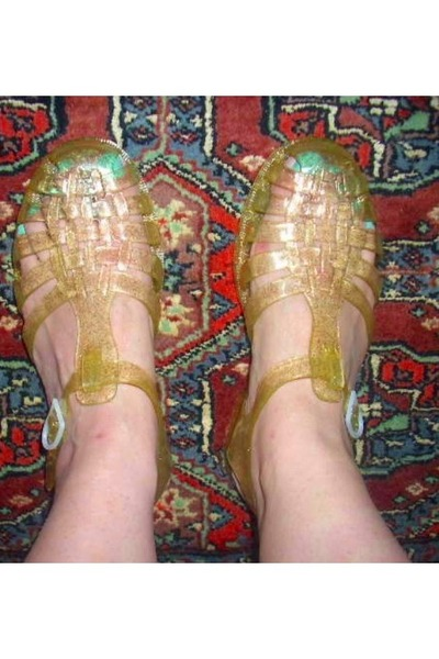 6112962adf2d Sun Jellies Sandals