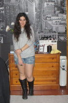 gray Zara shirt - black boots - ripped shorts - silver necklace