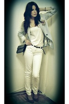 blue blazer - purple shoes - white jeans - white t-shirt - black belt