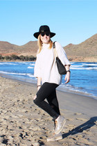 Zara jeans - kavely shoes - Bimba & Lola hat - Zara jumper
