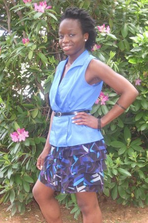 blue blouse - black shoes - ruffled blue white purple skirt - black belt