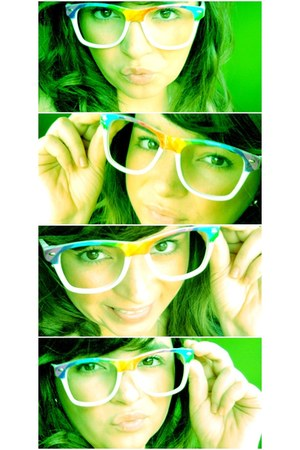 full colors glasses