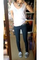 H&M t-shirt - Zara jeans - Newlook shoes - H&M belt