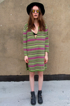 striped some velvet vintage sweater