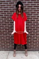chain some velvet vintage dress