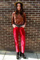 red parasuco pants