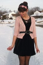 black forever21 dress - light pink forever21 cardigan - light pink forever21 acc