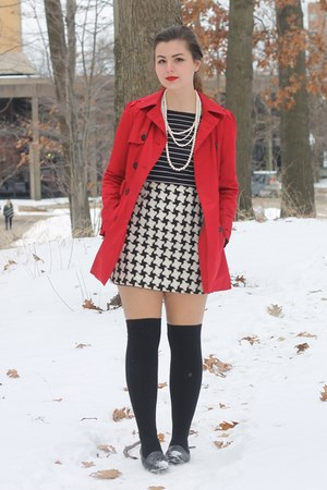 How to Wear Forever21 Coats - Search for Forever21 Coats | Chictopia
