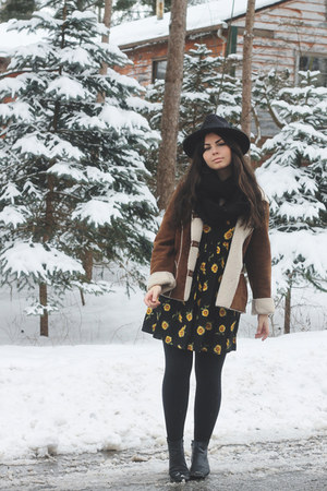 black thrifted dress - dark brown thrifted coat - black OASAP hat
