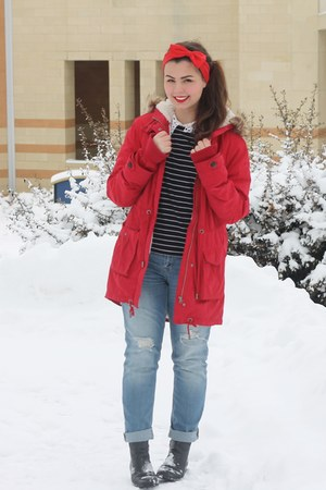 black thrifted boots - red Aeropostale coat - sky blue Aeropostale jeans