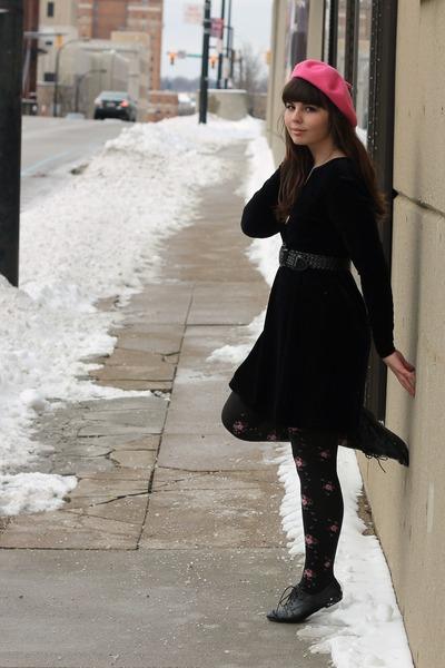 black Dress dress - pink Target hat