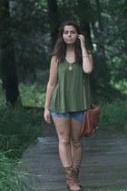 LuLus blouse - LuLus boots