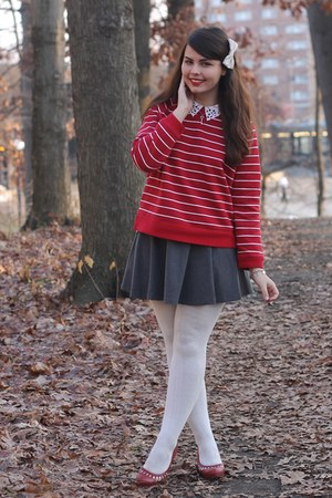 red thrifted sweater - heather gray H&M skirt - red pink and pepper heels