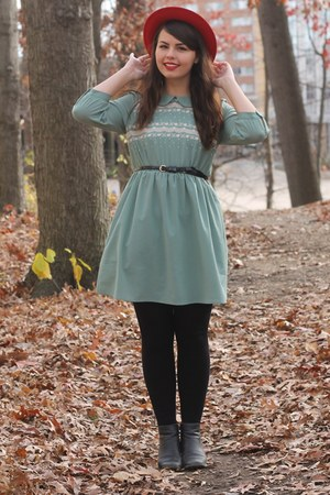black thrifted boots - turquoise blue modcloth dress - ruby red thrifted hat