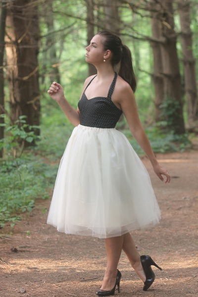 cream kellie falconer designs skirt - black thirfted dress