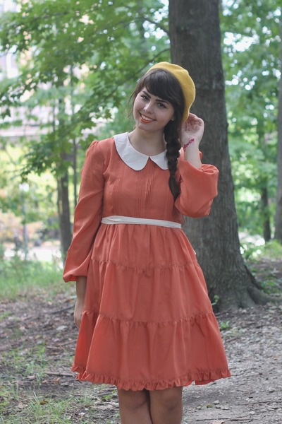 carrot orange modcloth dress - mustard Target hat - beige thrifted heels