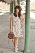 tan thrifted hat - eggshell modcloth dress - brown thrifted purse