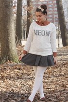 white Aeropostale sweater - heather gray H&M skirt
