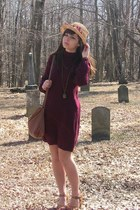 crimson kohls dress - tan thrifted hat
