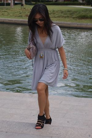 H&M dress - CaiCaiXiu shoes - Zara purse