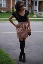 Forever 21 skirt - Forever 21 boots - H&M blouse