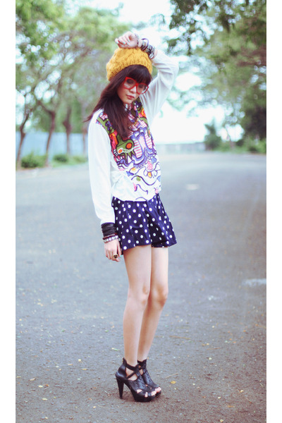 white Riotous top - Riotous shorts - yellow Forever 21 hat