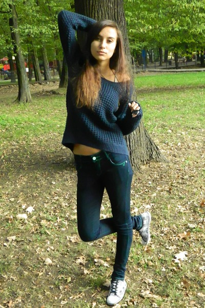 Blue New Yorker Sweaters, Silver No Brand Shoes, Navy Random Jeans ...