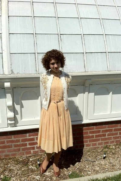 vintage dress - 1950s beaded vintage cardigan - brown leather vintage flats - pi