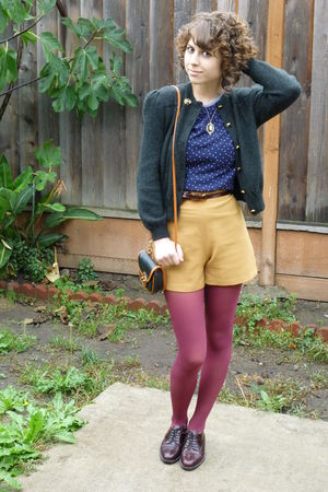 vintage cardigan - vintage top - vintage shorts - vintage - vintage shoes - vint