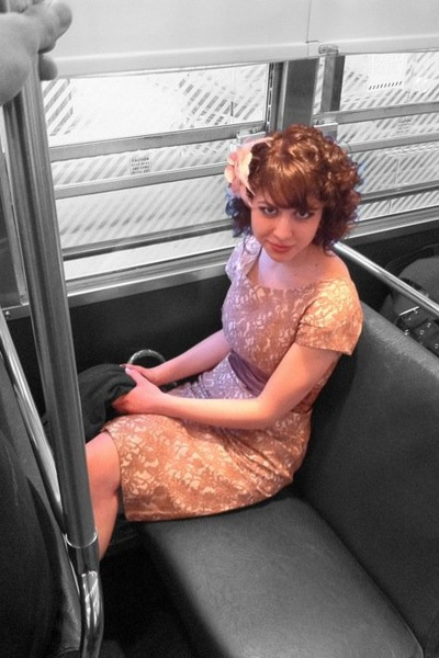 vintage 1950s dress - vintage 1950s pumps