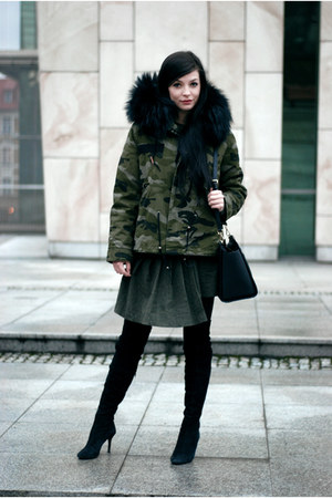 army Metisu jacket - black knee-high boots Zara boots