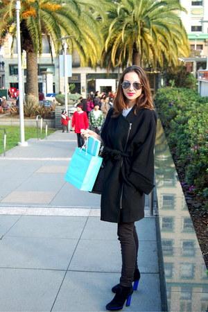 blue Sergio Rossi heels - black H&M coat