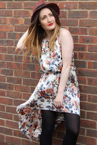 floral print Love dress - new look hat