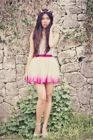 Blind Clothing skirt - DIY hair accessory